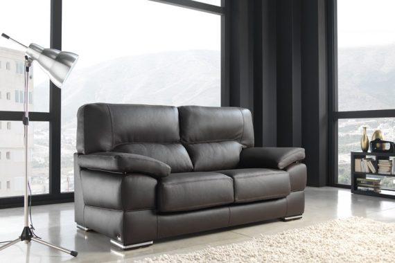ta cuatro sofas
